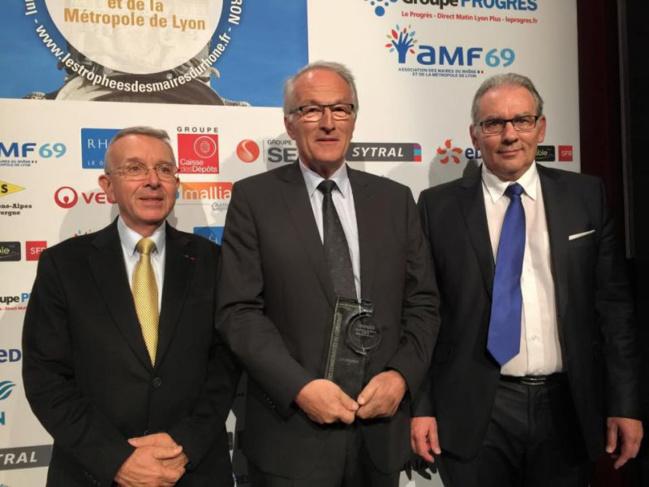 Jean-Luc Da Passano (Président de la SERL), Paul Minssieux (Président du SMAGGA) et Christian Fromont (1er Vice-Président du SMAGGA).