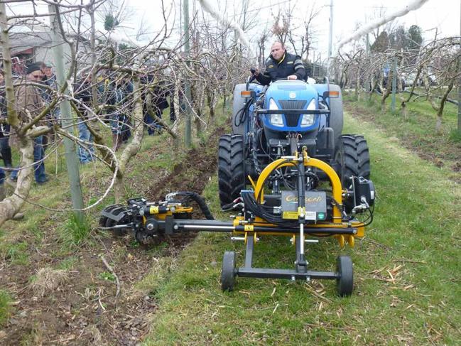 Pour fonctionner, les disques de tonte utilisent la puissance du circuit hydraulique du tracteur.