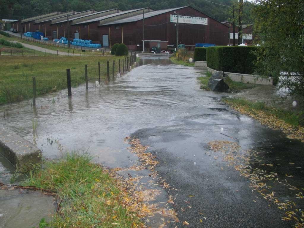 Crue du Merdanson de Chaponost à Brignais.