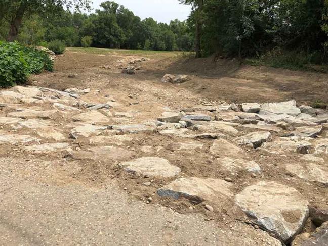 Les zones de transitions situées à l'amont et à l'aval de la rivière de contournement sont désormais ouvertes.