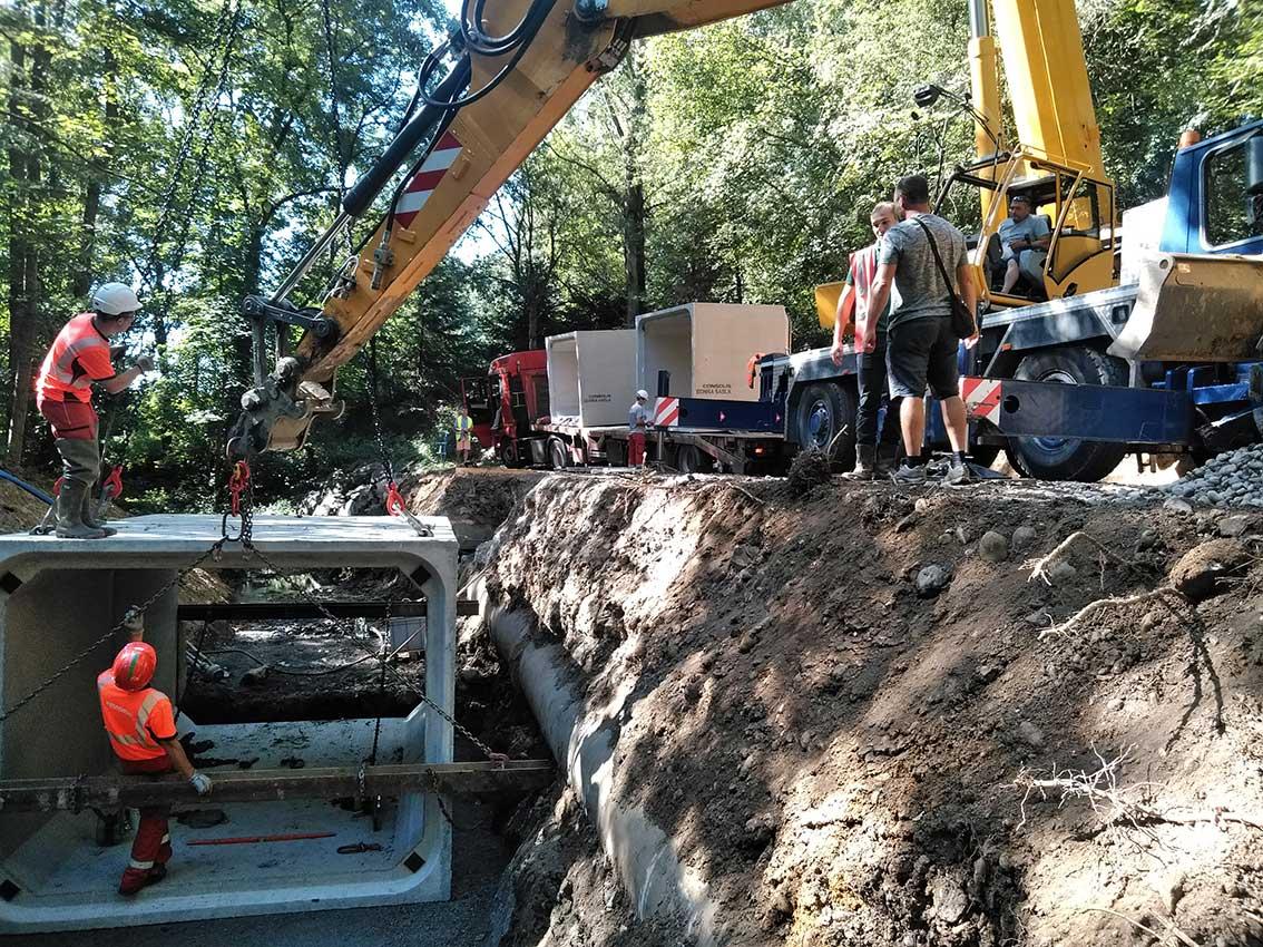 Les travaux permettront de sécuriser la canalisation d'assainissement jouxtant le cours d'eau.
